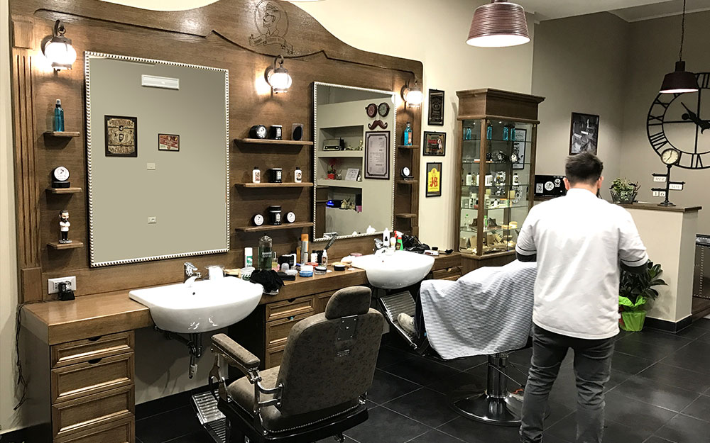 Wood design arredamento per barber shop for Outlet online arredamento design