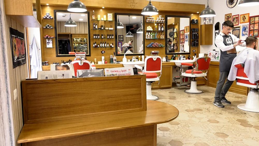 Panchine e sedute per il tuo barber shop by wood design for Arredamento barber shop