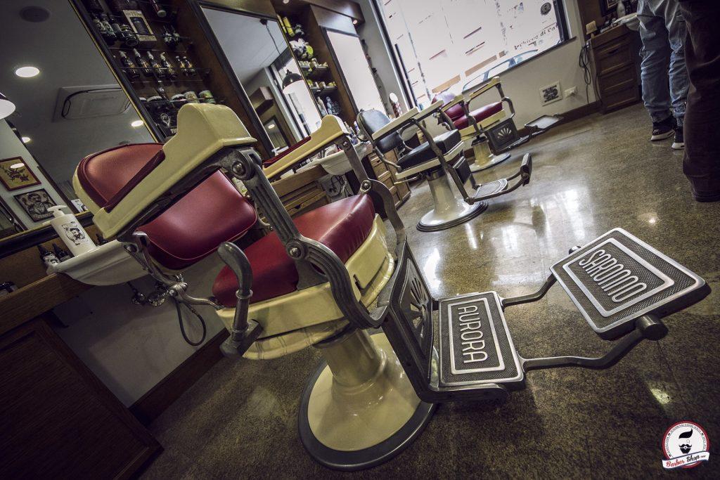 Come arredare un barber shop parte 1 le sedute wood design for Ovvio arredamento roma