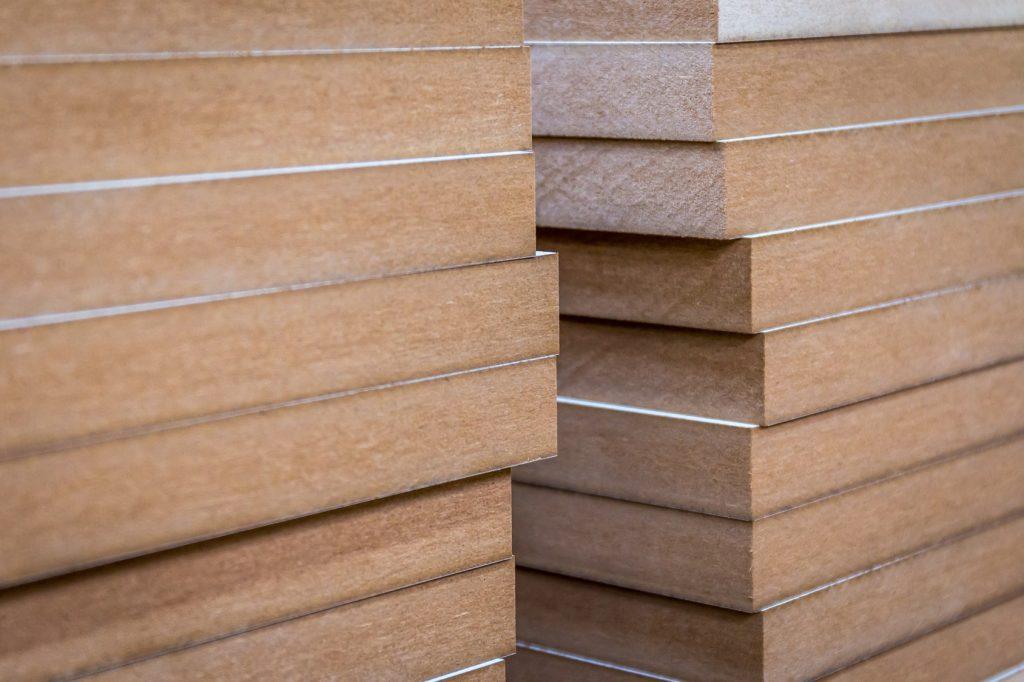 Guida alla scelta del legno per mobili parte 6 mdf wood for Mobili mdf