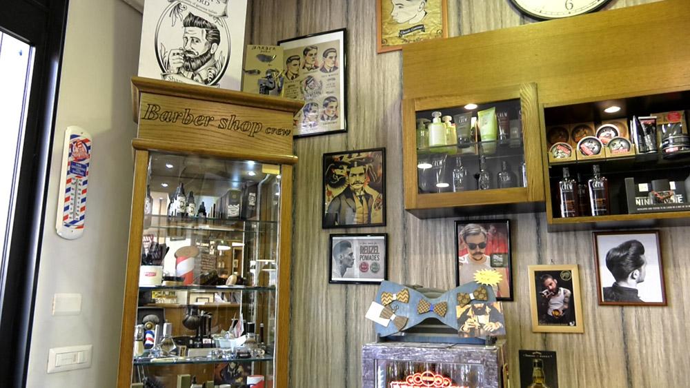 Come vendere i prodotti all 39 interno di un barber shop for Arredamento barber shop